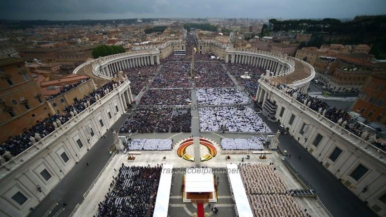 francisco y la canonización 2