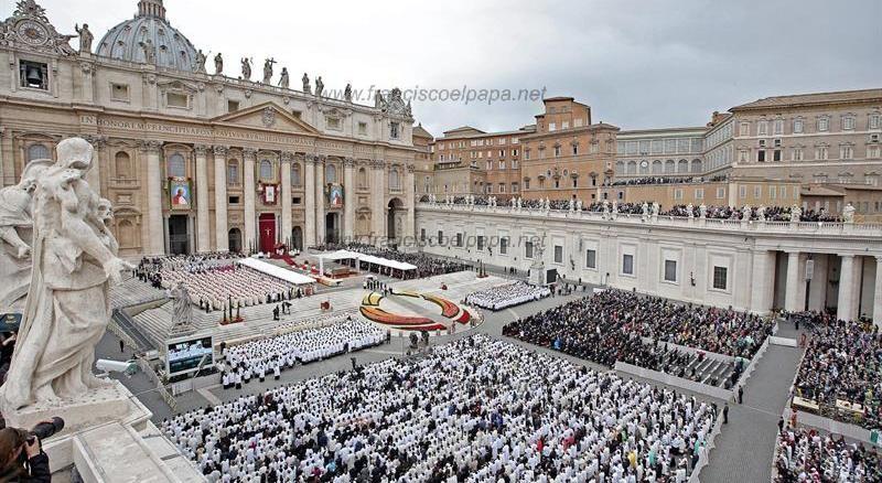 francisco y la canonización 4